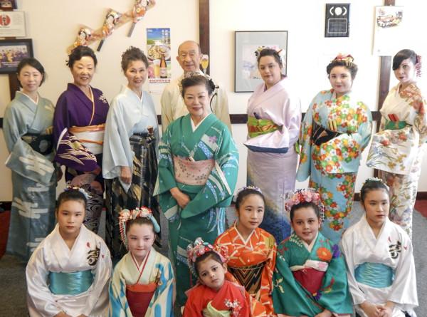Suzuyuki-Kai group during Tucson Maizome festival