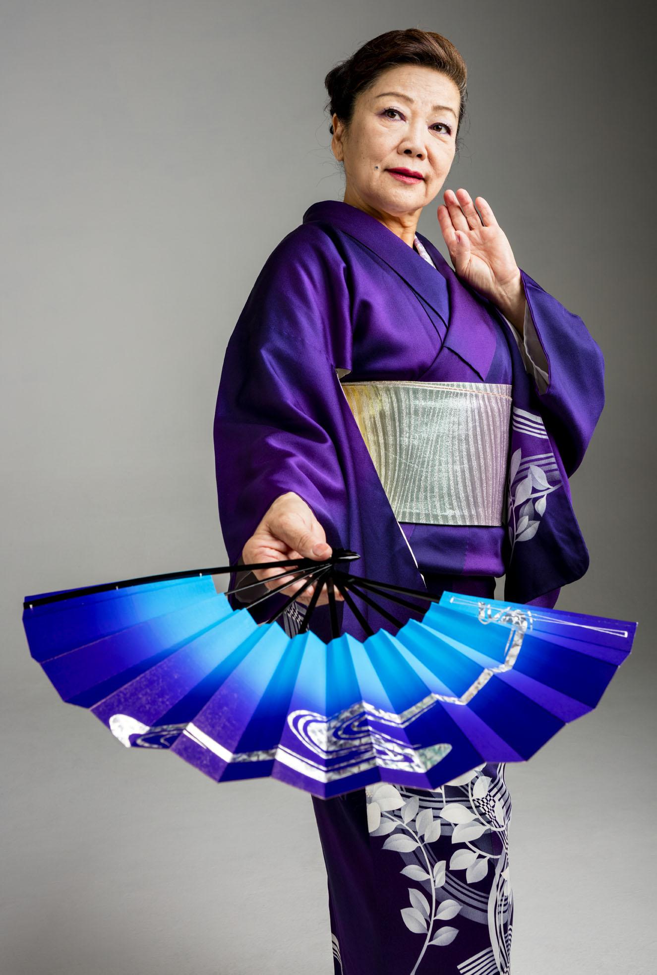 Master Artist: Mari Kaneta