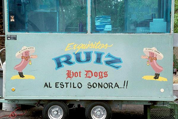 RUIZ HOT DOGS, 1995.